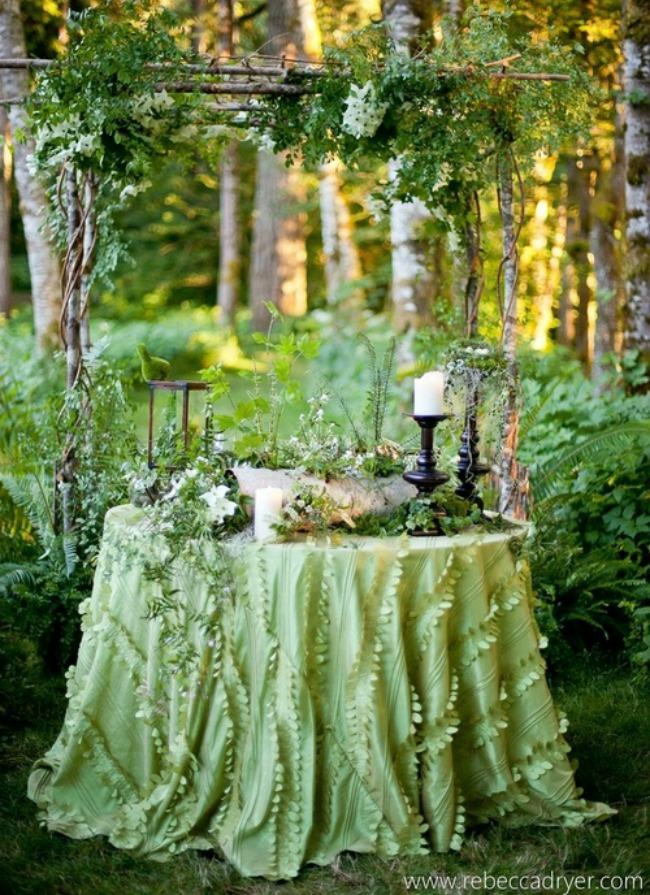 Refined Woodland Theme
