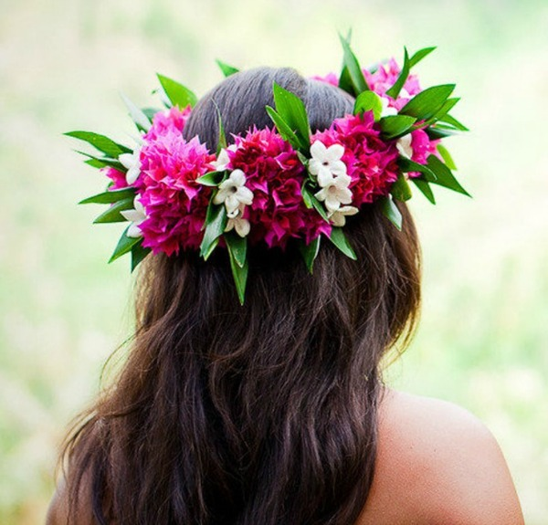 Tropical Wedding Hairstyles: Tropical Flower Crowns For Your Island Wedding