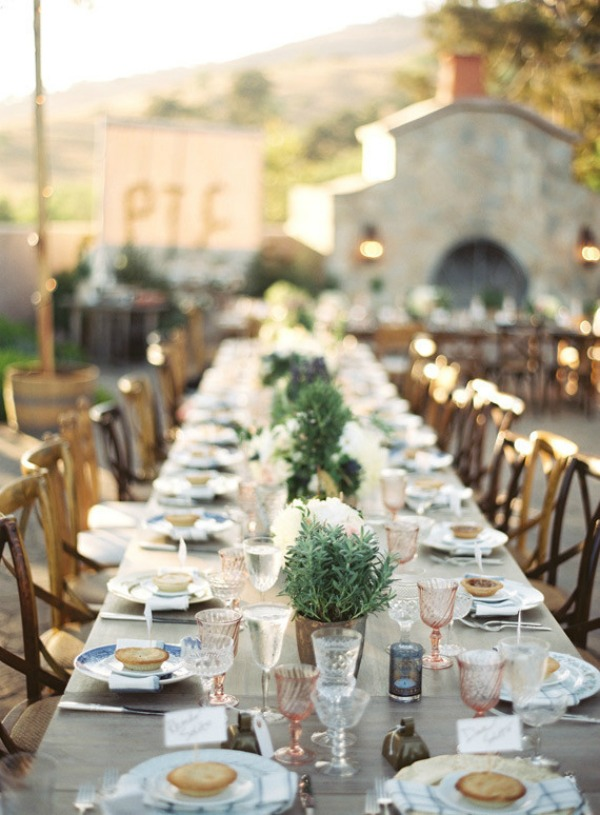 Ideas for a provence wedding theme bajan wed bajan wed for Maison de provence decoration