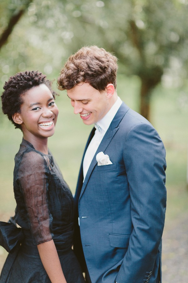 Elegant Organic Wedding Inspiration With A Bold Palette | Photography By Kate Wark