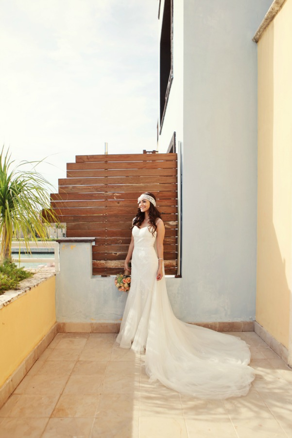 A Vintage Chic Wedding in the Dominican Republic | Photography by AMANDA JULCA