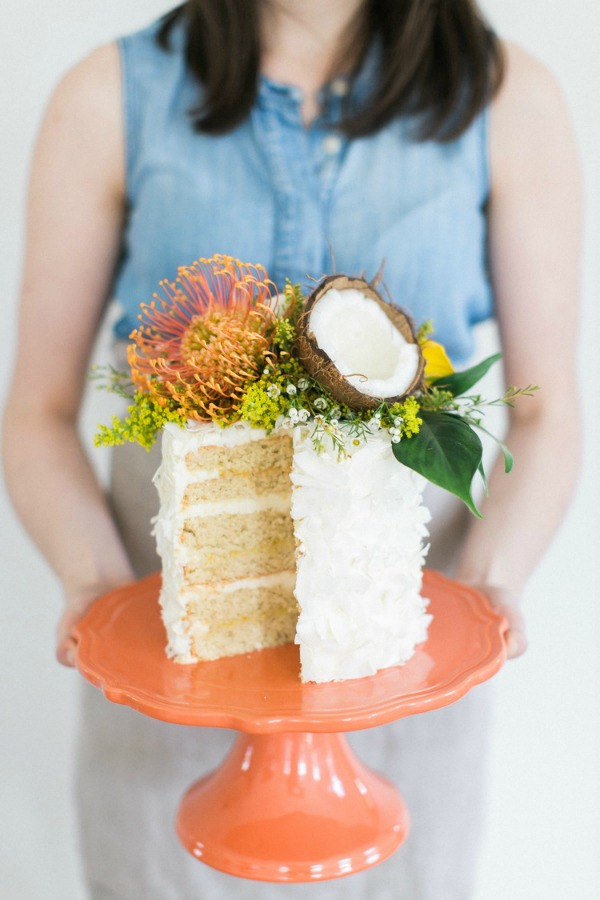 Fabulous Tropical Wedding Cake Idea | Heritage Organic Cakes | The School Of Styling | Ruth Eileen Photography