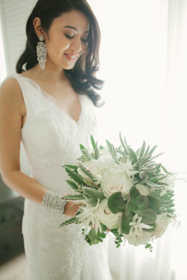 Modern Chic Wedding In The Philippines | Marlon Capuyan Photography