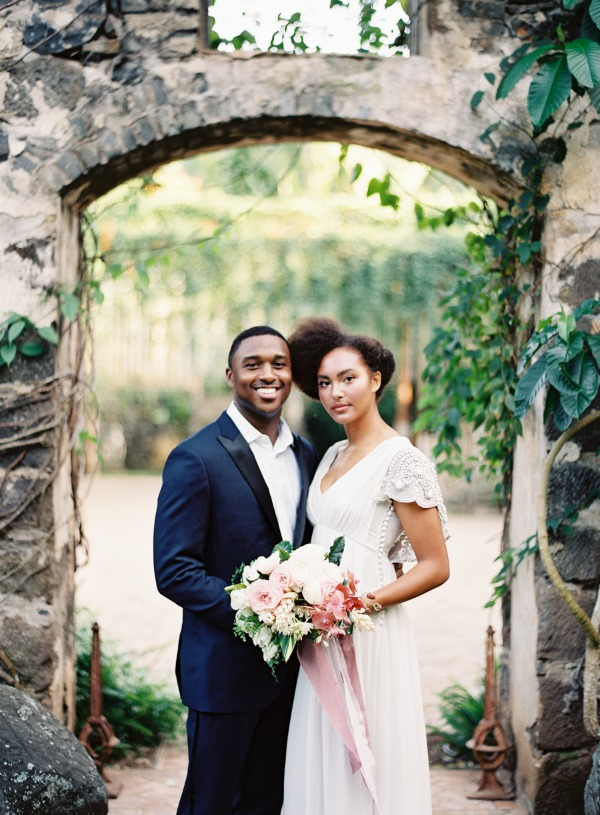 Tropical Hawaii Wedding Inspiration | O'Malley Photographers