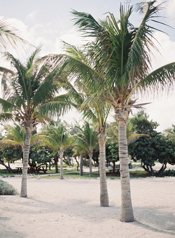 Relaxed Bahamas Destination Beach Wedding By Michael and Carina Photography