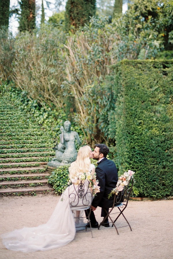 Romantic Seating for the Bride and Groom | Modern Elegant Wedding Inspiration By Anna Tereshina Photography