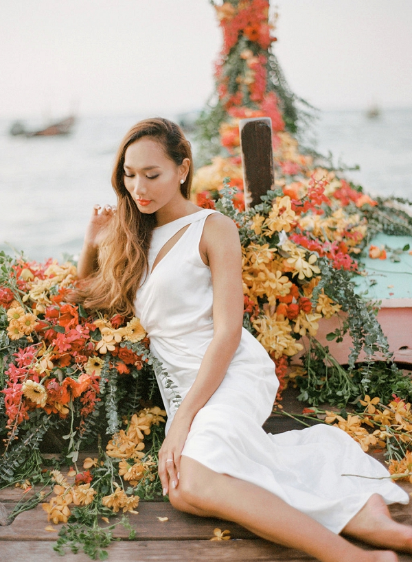 Tropical Bride | Tropical Luxe Wedding Inspiration in Thailand from Megan W Photography