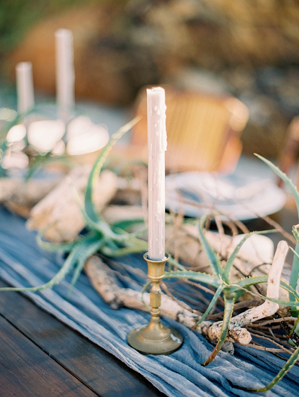 Modern Organic Tablescape | Minimalist and Organic Coastal Wedding Ideas from Jasmine Pettersen Photography