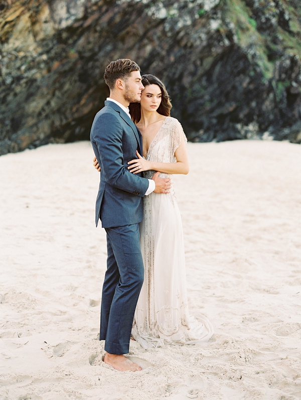 Bride and Groom | Minimalist and Organic Coastal Wedding Ideas from Jasmine Pettersen Photography