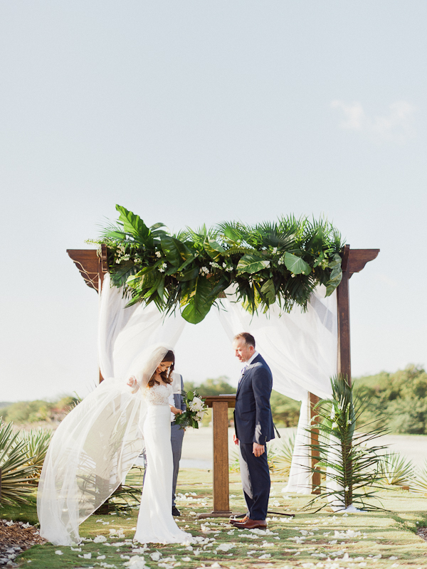 Tropical Wedding Ceremony | Refined Rustic Destination Wedding in Nicaragua by Merari Photography