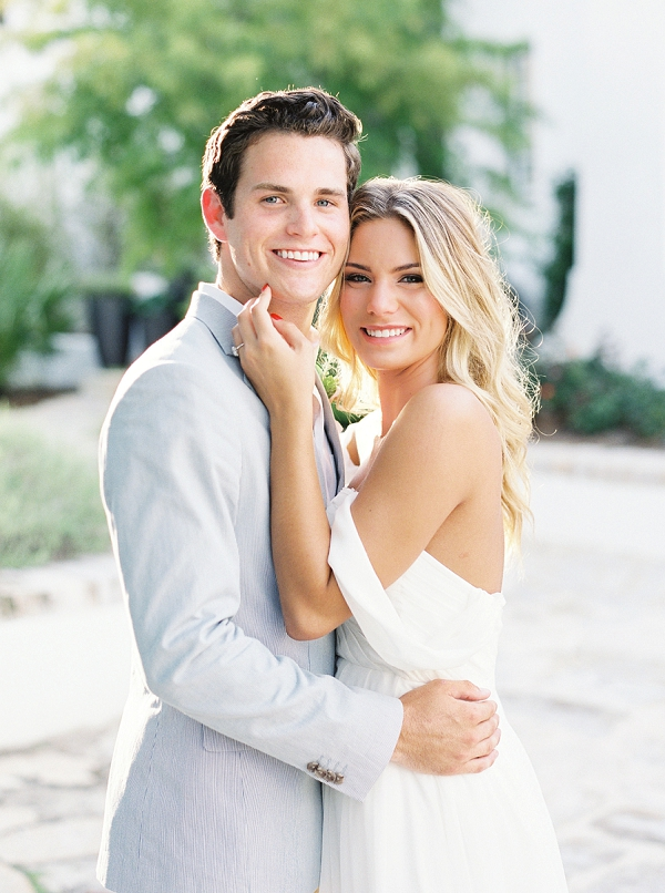 Inspiration for Couples Celebrating an Anniversary | Romantic Vow Renewal Wedding Inspiration in Florida from Simply Sarah Photography