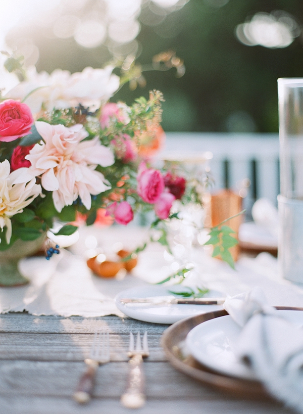 Wedding Tablescape | Serene Seaside Bride and Groom Portraits By Meg Fish Photography