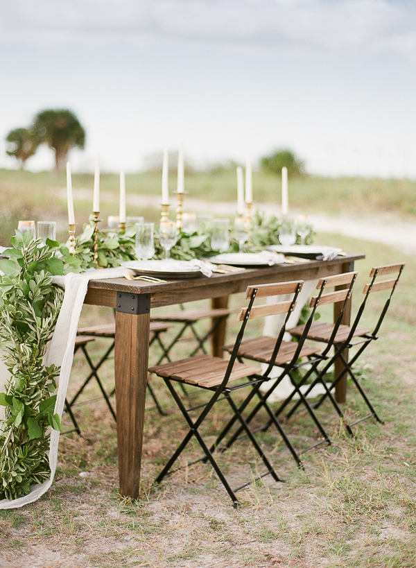 Organic Coastal Tablescape Ideas | Romantic Beach Wedding Inspiration by The Ganeys