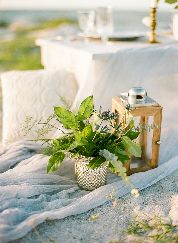Beach Wedding Decor | Romantic Beach Wedding Inspiration by The Ganeys