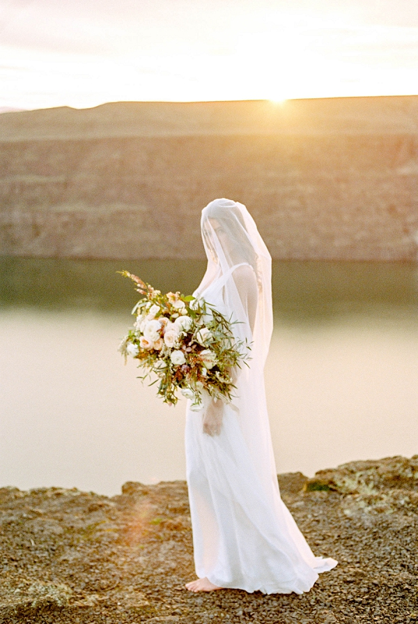 Bride at Sunset | Desert and Sage Organic Wedding Inspiration from Kerry Jeanne Photography