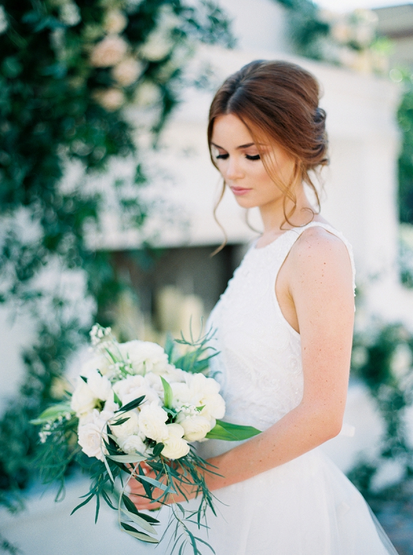 Bride with Bouquet | Elegant and Organic Wedding Ideas by Elyse Jennings Weddings and Greer Gattuso Photography
