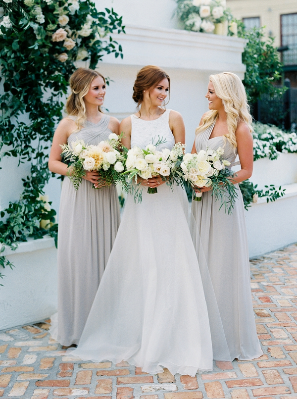 Bride and Bridesmaids Portraits | Elegant and Organic Wedding Ideas by Elyse Jennings Weddings and Greer Gattuso Photography
