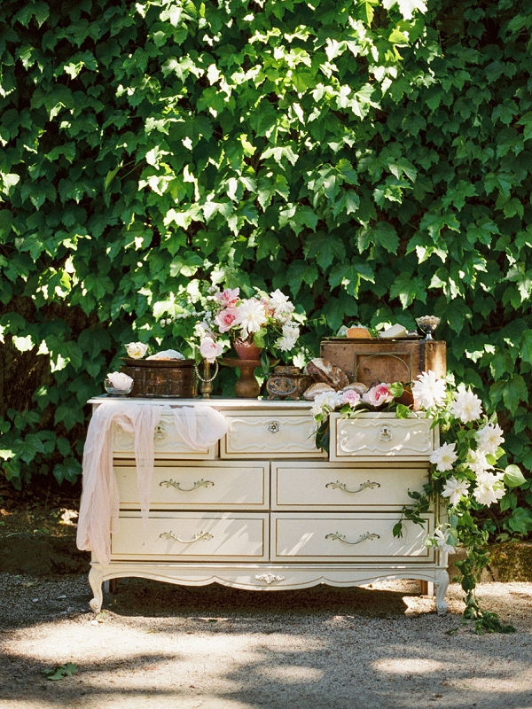 Vintage Inspired   Romantic Whetstone Winery Editorial By © Justina Bilodeau Photography
