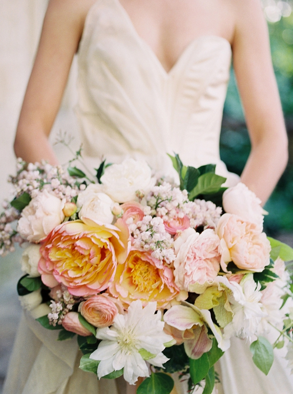 Jaw Dropping Spring Bouquet   Romantic Whetstone Winery Editorial By © Justina Bilodeau Photography