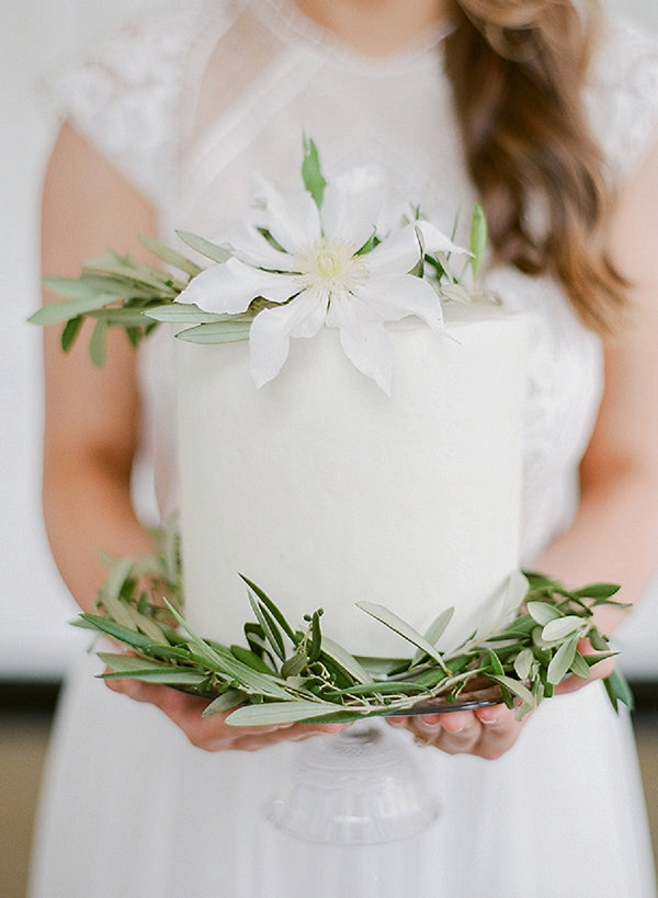 Spring Wedding Cake | Springtime In Paris Wedding Inspiration by Anna Grinets Photography