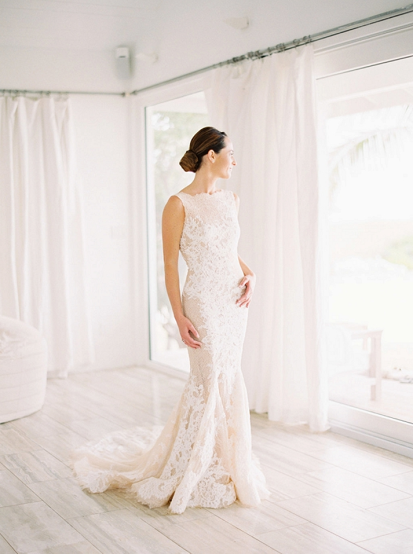 Elegant Bride in Lace Wedding Gown | Glamorous Wedding Weekend in the Bahamas by Hunter Ryan Photography