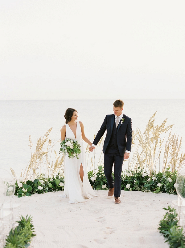 Bahamas Wedding Ceremony | Tropical Beach Wedding Ideas By Simply Sarah Photography