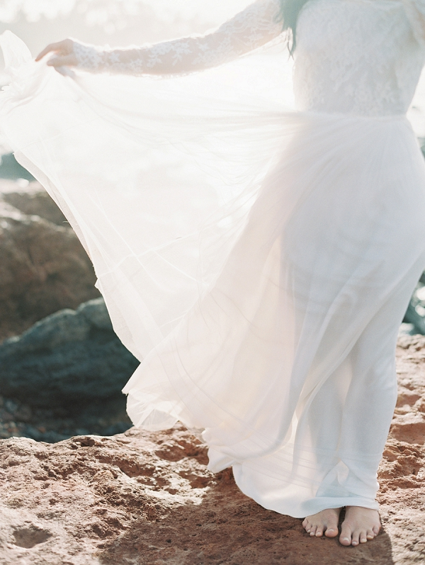 Ethereal Bride in Hawaii | Maui Bridal Portrait Ideas from Carmen Santorelli Photography