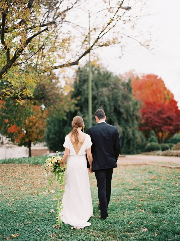 Bride and Groom Outdoors | Minimalist Modern Wedding Ideas From Gianny Campos