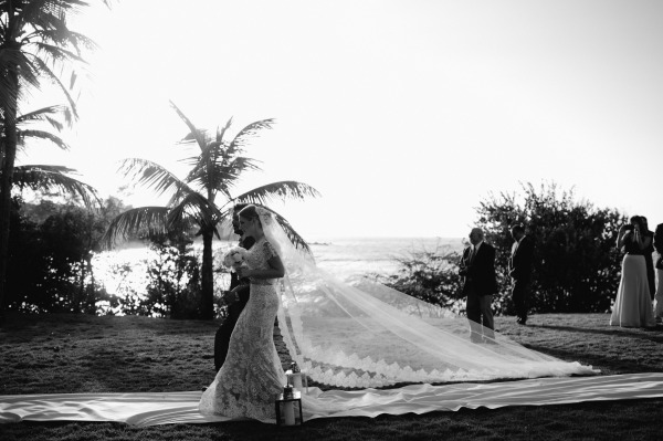 Glamorous Black and White Wedding   Vieques, Puerto Rico   Kristen Marie Photography
