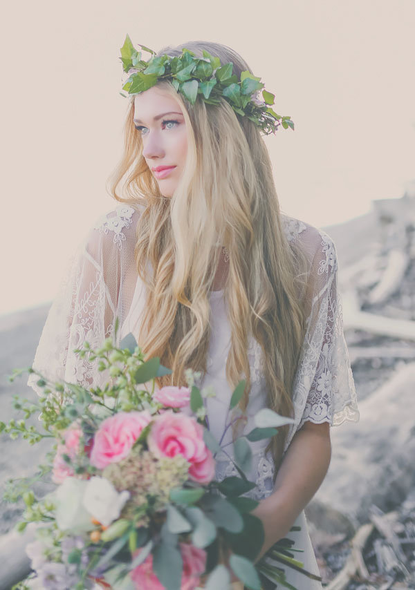 Boho Beach Bridal Inspiration | Jennifer Picard Photography | Save The Date Beauty