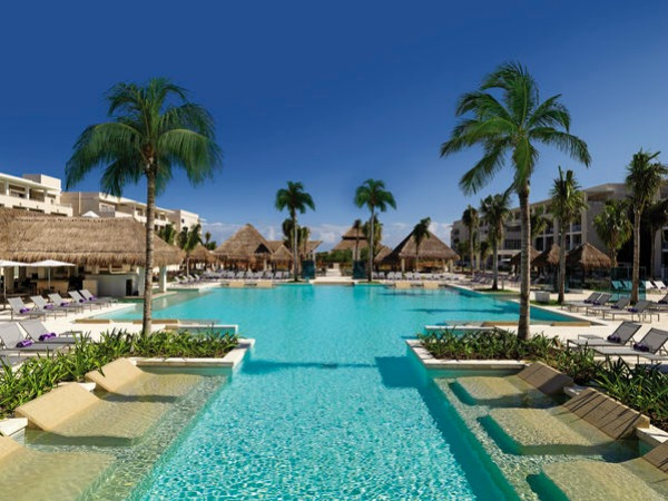Apple Vacations and Paradisus Resorts for the Destination Wedding of your dreams!