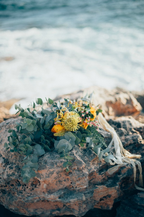 Ethereal Honeymoon Inspiration In Mallorca | Photography By Manuela Kalupar | Creative Direction, Production, Design and Styling By A Very Beloved Wedding