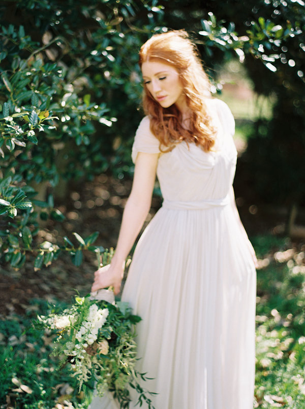 Elegant and Organic Bridal Inspiration from Matoli Keely Photography