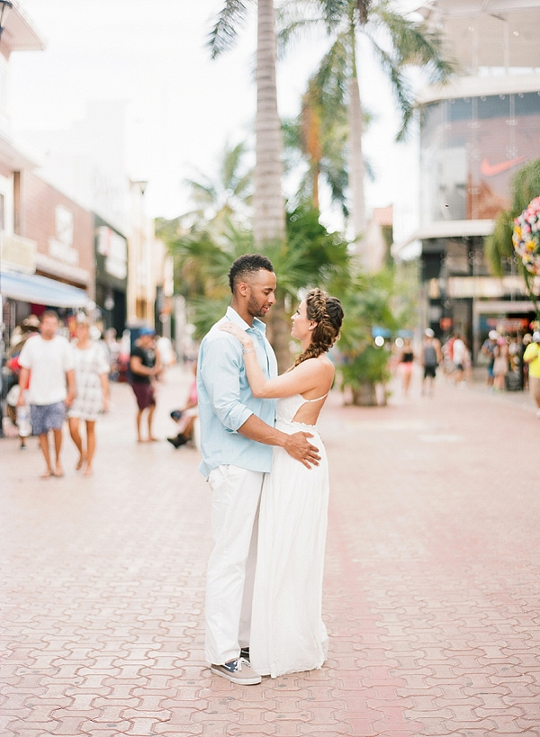 Playa Del Carmen Engagement Session By Magnolia Adams Photography