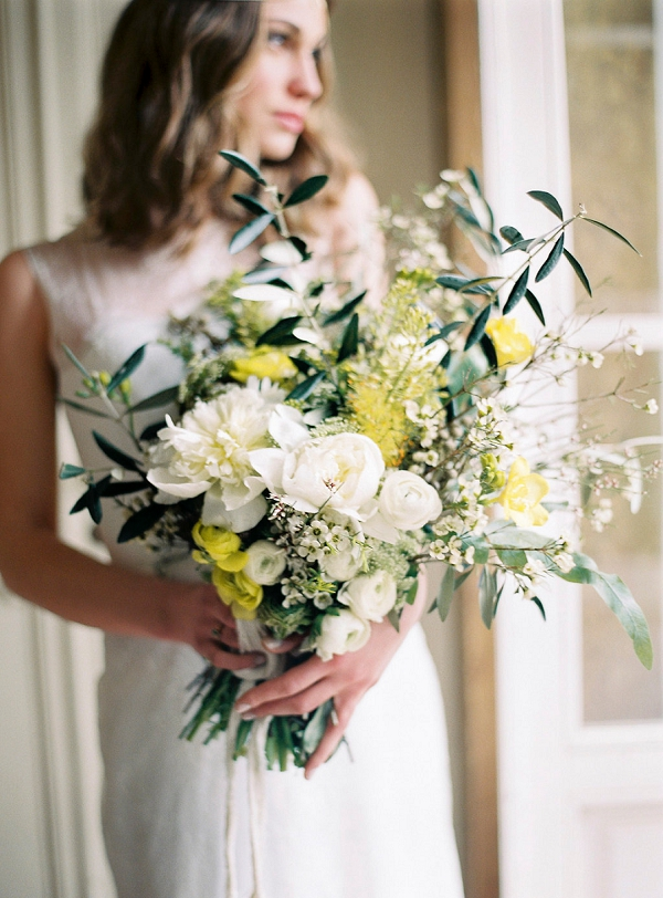 Bride with Yellow and White Bouquet | Intimate Italian Wedding Inspiration | Melanie Nedelko Photography