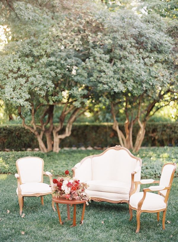 Wedding Lounge with Vintage Inspired Furniture | Blush and Merlot Color Palette Inspiration By Jessica Kay Photography