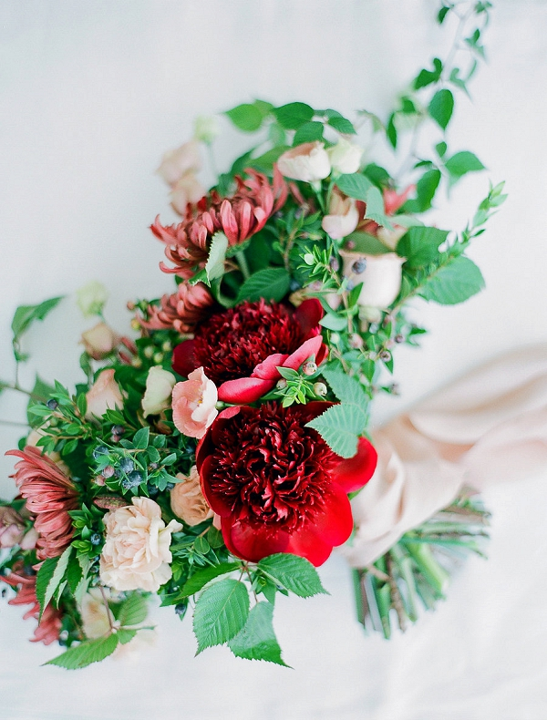 Beautiful Red and Blush Pink Bouquet | Romantic Bridal Inspiration from BW Member Samantha Kirk Photography