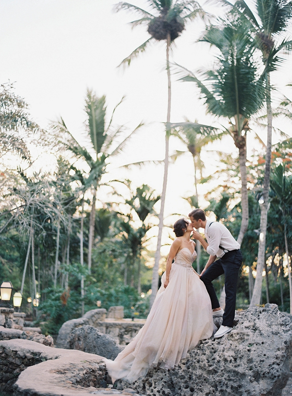 Bride and Groom Must Have Wedding Photos | Dominican Republic Resort Wedding By Carrie King Photographer