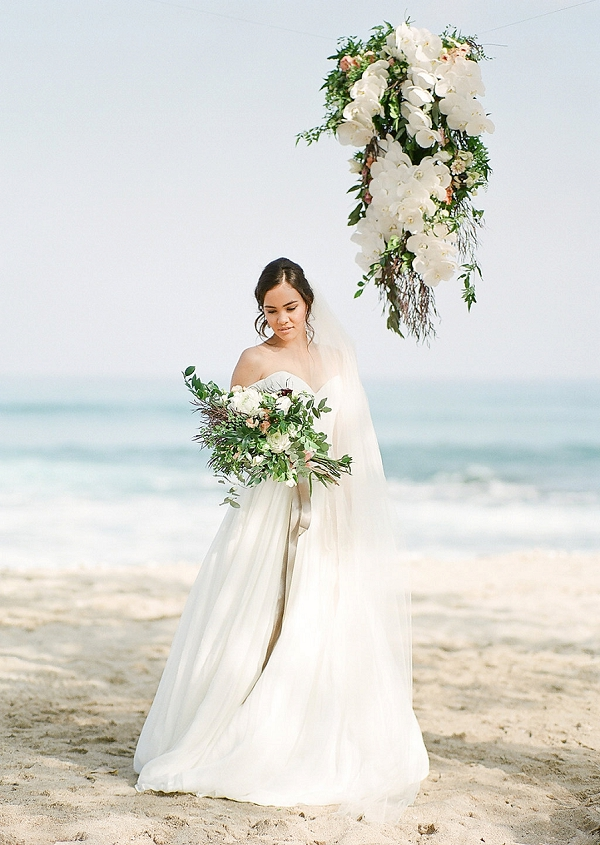 Romantic Tropical Bridal Inspiration | Elegant Seaside Wedding Inspiration In Hawaii from Bonphotage