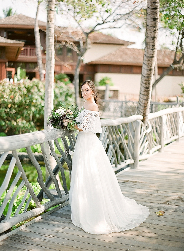Bohemian Bride | Elegant Seaside Wedding Inspiration In Hawaii from Bonphotage