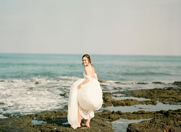 Bride at the Beach | Elegant Seaside Wedding Inspiration In Hawaii from Bonphotage