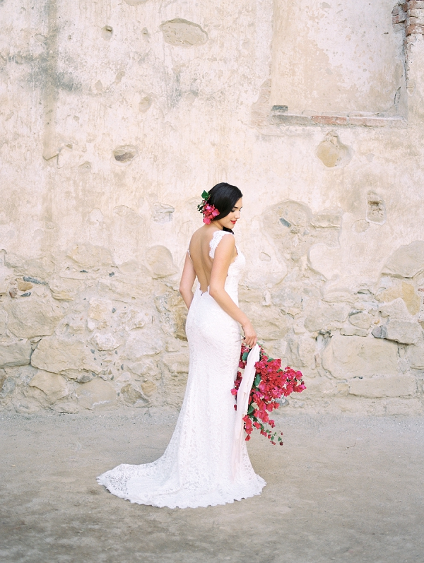 Spanish Inspired Bride | Old World Spanish Style Wedding Inspiration By Savan Photography