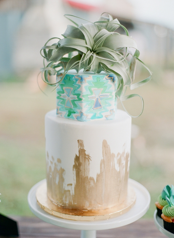 Modern Wedding Cake | Bohemian Ranch Wedding By Alyssa Nikole Photography