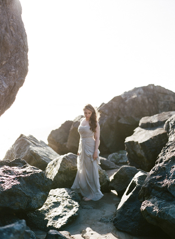 Couple's Session Inspiration on the Coast by Erika Parker Photography