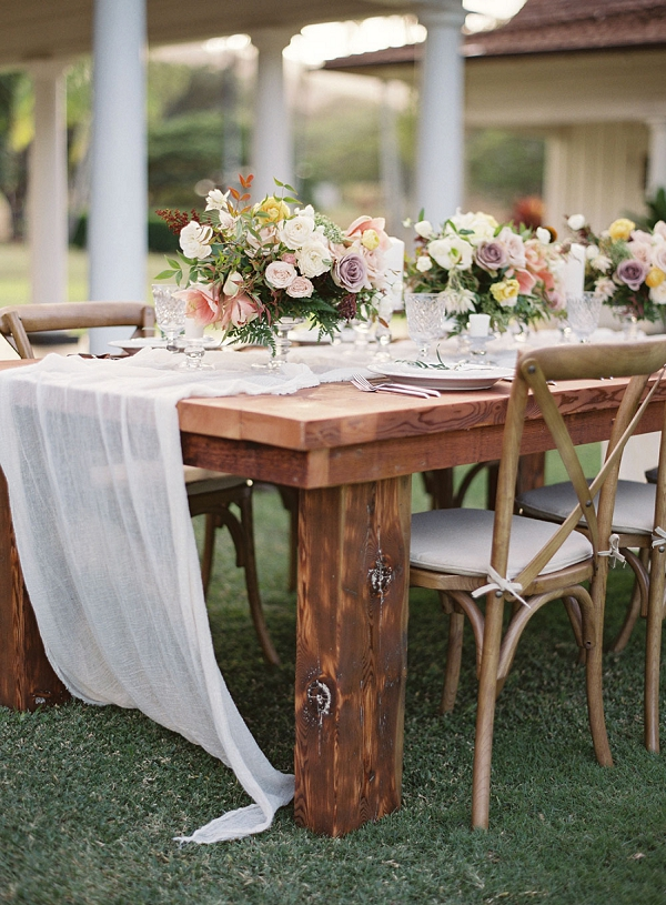 Elegant Tropical Wedding Tablescape | Hawaii Wedding Ideas with Old World Charm from Christine Clark Photography
