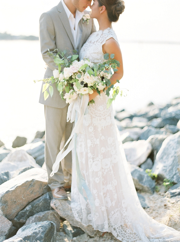 Bride and Groom on the Coast | Intimate Seaside Wedding Inspiration by Shannon Moffit Photography