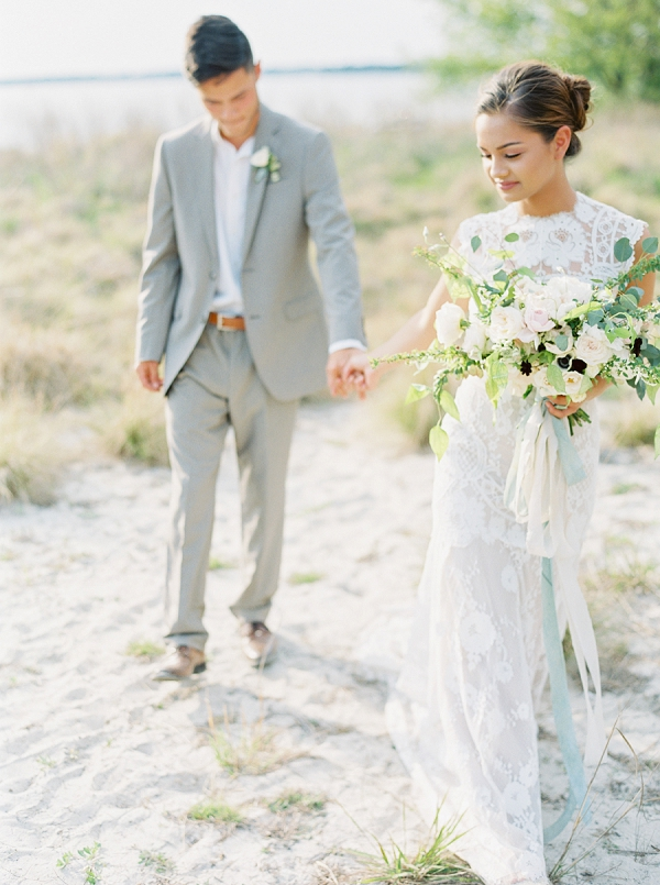Beach Wedding | Intimate Seaside Wedding Inspiration by Shannon Moffit Photography