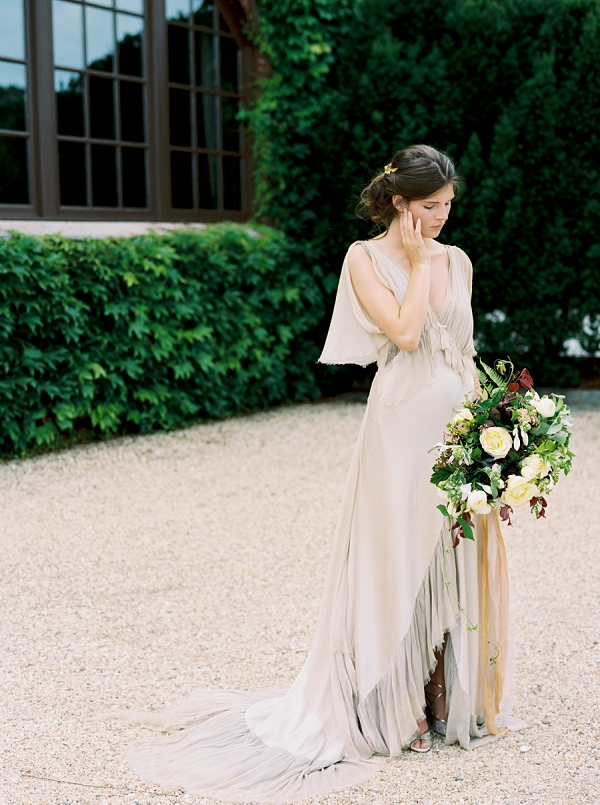 Samuelle Couture Wedding Dress | Elegant and Romantic Estate Wedding Inspiration by Andrew & Tianna Photography