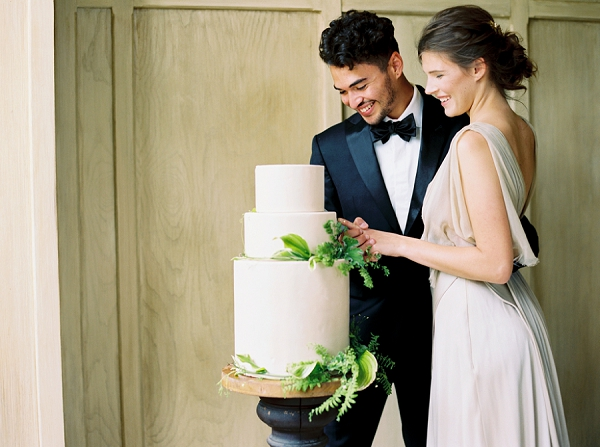 Cutting the Wedding Cake | Elegant and Romantic Estate Wedding Inspiration by Andrew & Tianna Photography
