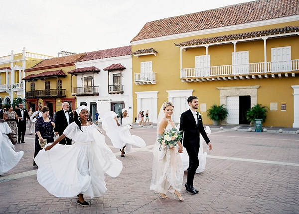Cultural Traditions at a Wedding In Colombia   A Classic Garden-Inspired Wedding In Colombia by Vicki Grafton Photography